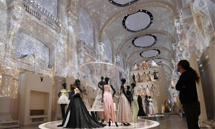 """Dior presentará en julio la colección """"Crucero"""" anulada en mayo por la pandemia"""
