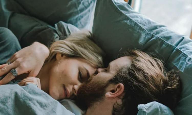 Dormir en pareja hace bien al sueño