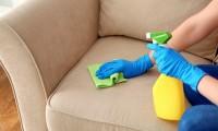 ¿Cómo limpiar un sofá?
