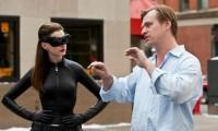 Afirma Christopher Nolan que sí hay sillas en sus rodajes
