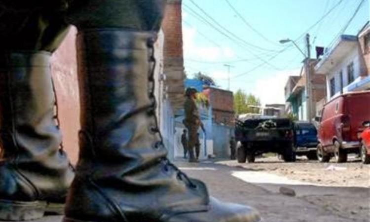 Un par de botas negras