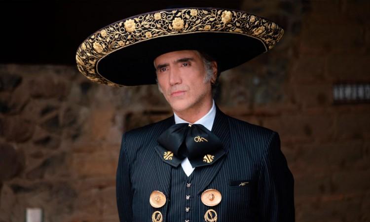 Dinastía Fernández se reúne en nuevo disco
