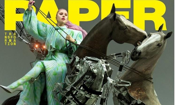 Lady Gaga regresa a sus inicios y sorprende