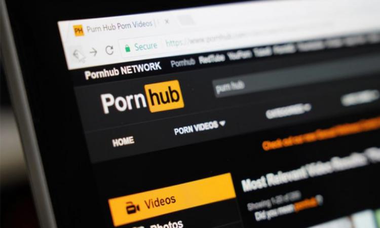 Pornhub apoya en cuarentena por COVID-19