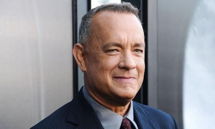 Tom Hanks regala máquina de escribir a niño victima de bullyng