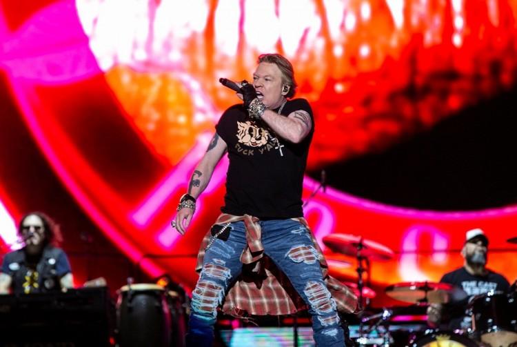 Guns N' Roses estrena videos de su gira mundial