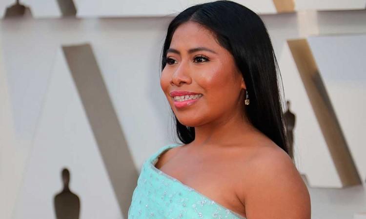 Yalitza Aparicio se une a los presentadores de los Latin Grammy