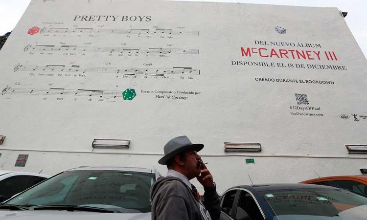 Así suena la nueva canción de Paul McCartney, pintada en Ciudad de México