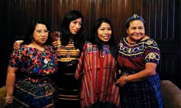 Yalitza Aparicio se reunió con Rigoberta Menchú