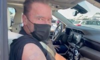 """Arnold Schwarzenegger se vacuna contra la Covid: """"Ven conmigo si quieres vivir"""