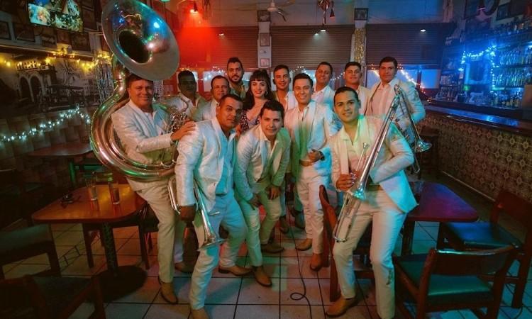 Estoy enamorada del regional mexicano: Mon Laferte