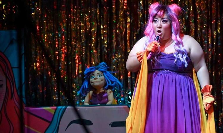 Michelle Rodríguez vuelve al teatro con su musical Más bonita que ninguna