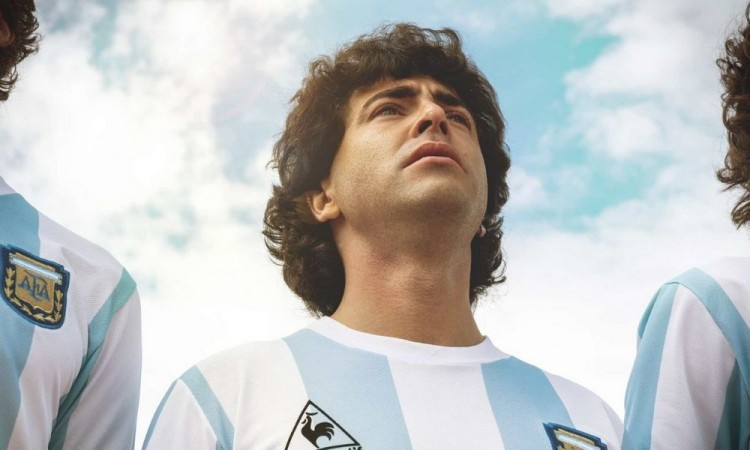 Estrenan serie biográfica sobre Maradona