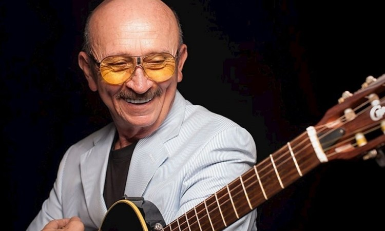 Murió el cantautor Sergio Esquivel a los 74 años
