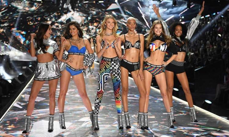Victorias Secret sustituye a sus famosas