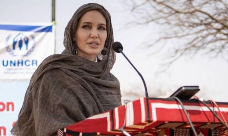 Visita Angelina Jolie  a los refugiados y desplazados internos en Burkina Faso