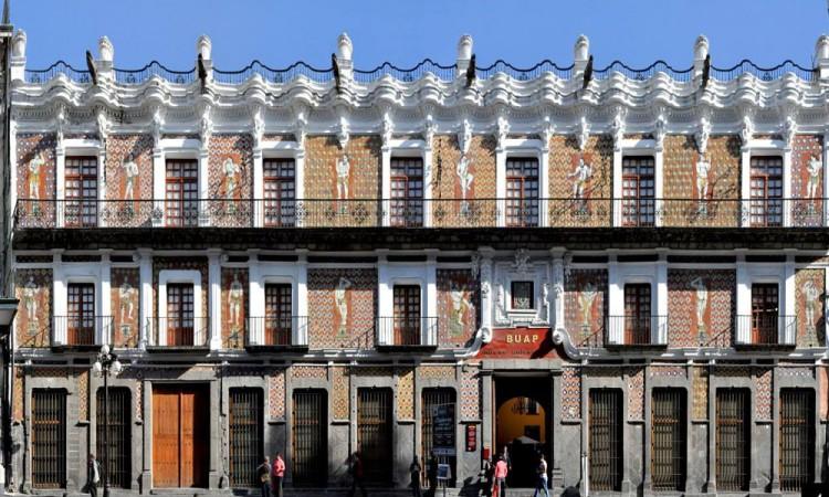 Albergan la ciudad de Puebla historia en sus casonas