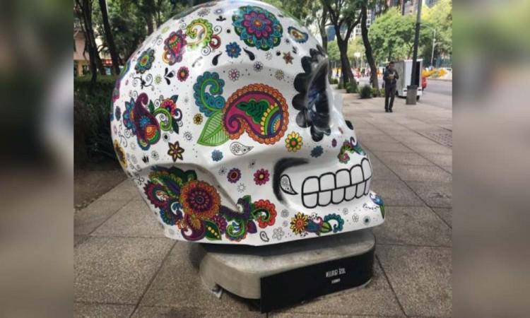 Regresan cráneos a Paseo de la Reforma