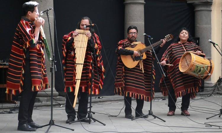 Traen música tradicional andina a Puebla