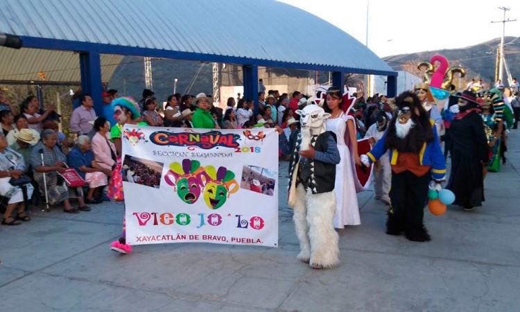 Prevalecen tradiciones ancestrales en Xayacatlán de Bravo