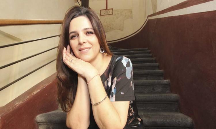 La artista Coqui Vera visita la Angelópolis