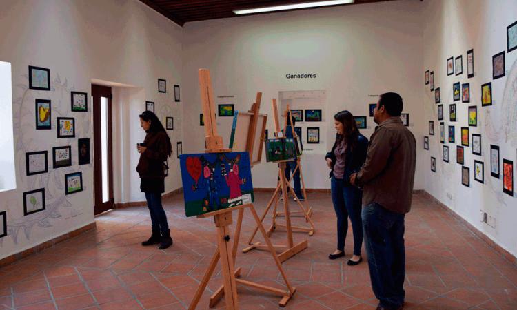 Otorgan premios a personas con discapacidad en San Pedro