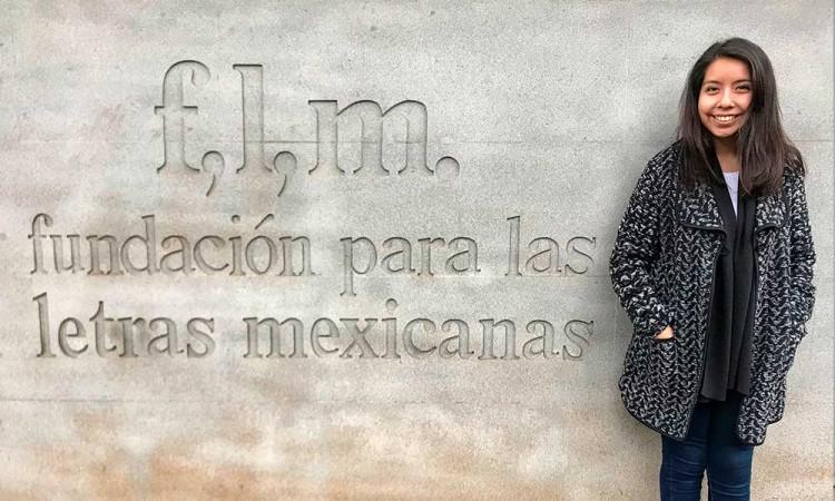 Becan a egresada de la UDLAP en la Fundación para las Letras Mexicanas