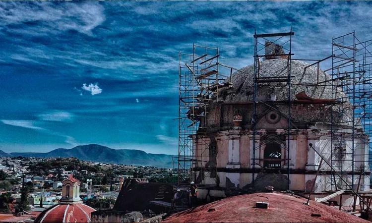 Repara INAH Catedral emblema de Atlixco