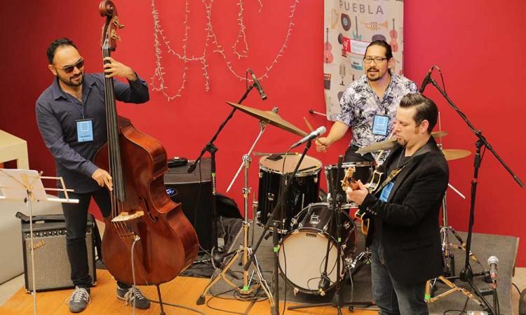 Tesauro Jazz Trío: El jazz requiere ser escuchado
