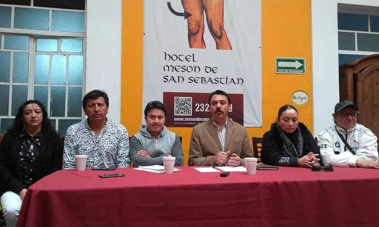 Queremos reposicionar al artista: Ricardo Azari