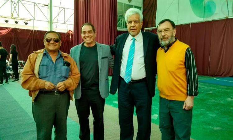 """""""El circo no son los payasitos en el zócalo"""""""