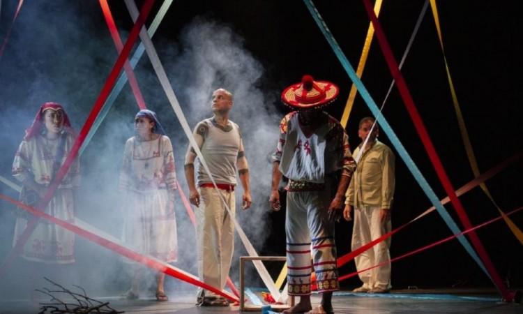 El teatro encierra magia, despierta sentimientos y emociones