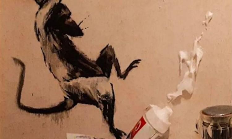 Realiza Banksy obra en su casa por Covid-19