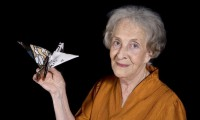 Ida Vitale será condecorada por el Ministerio de Cultura francés