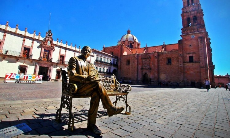 En el Día Mundial de la Poesía recordarán al poeta Ramón López Velarde