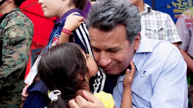 Gana Lenín Moreno elecciones en Ecuador