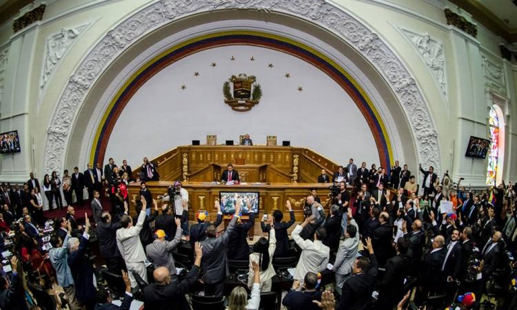 Inicia Congreso de Venezuela proceso a jueces de Tribunal Supremo