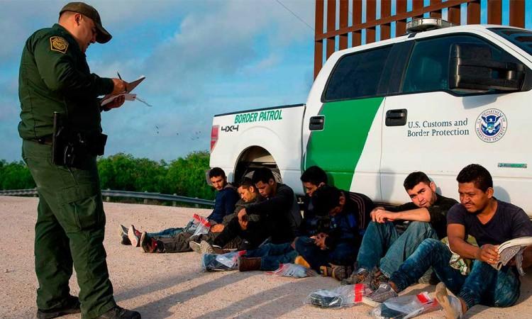 Disminuyen las detenciones de inmigrantes en Estados Unidos