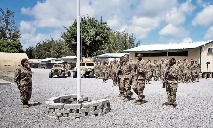 Atacan base en Kenia ocupada por americanos