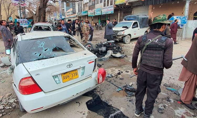 Atentado en Pakistán deja ocho muertos