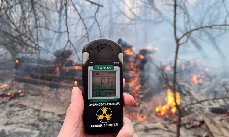 Incendios en Ucrania se extienden hasta domo de Chernóbil