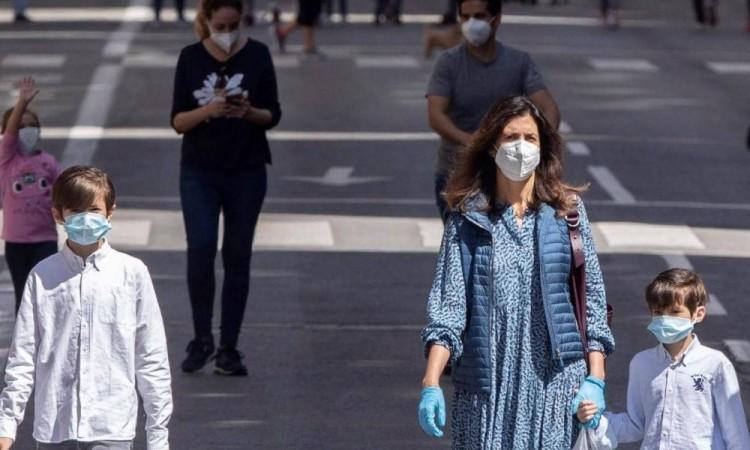 España  sigue con más recuperados que nuevos contagios