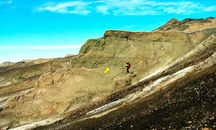 Mapean en Antártida restos de meteorito que acabó con los dinosaurios