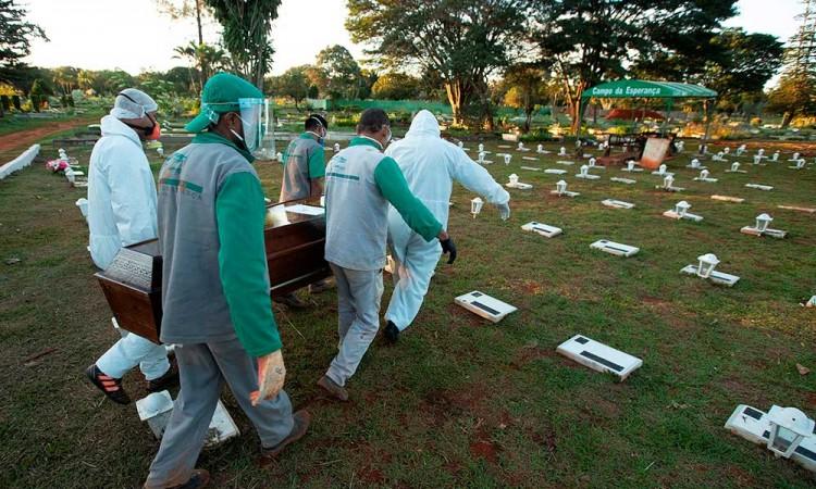 Brasil llega a los 20 mil muertos por Covid-19