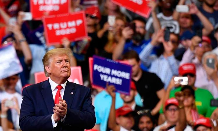 Donald Trump pide ya no hacer tantas pruebas COVID