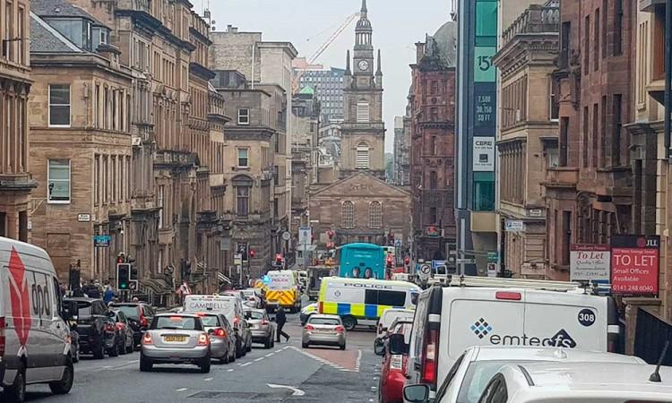 Acuchillan a tres personas en un hotel de Glasgow