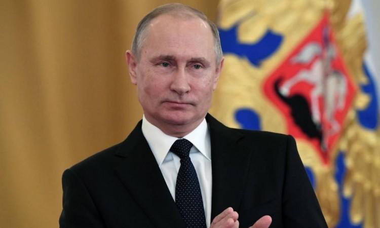 Opositores rusos exigen a Putin una reforma constitucional plena