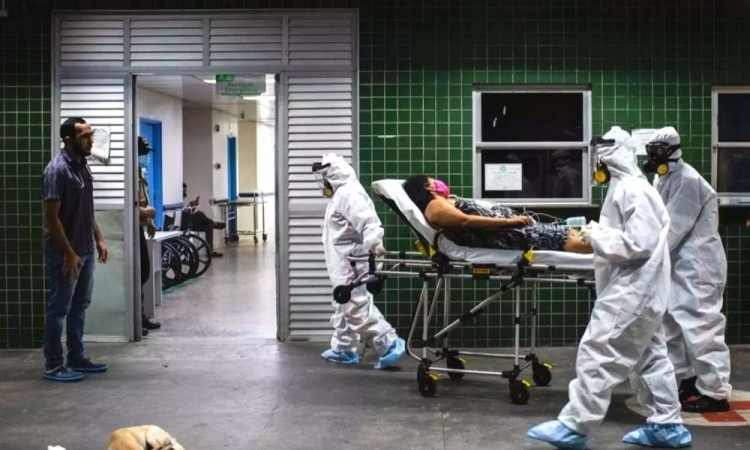 El promedio de muertes diarias en la última semana se ubicó en un récord de mil 56.