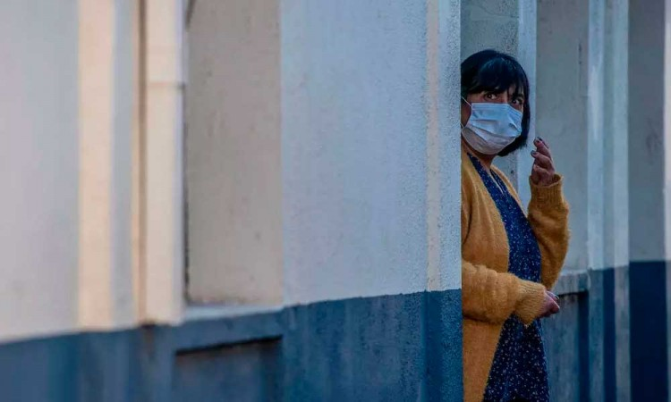 Chile registra un repunte de contagios con más de 338 mil casos