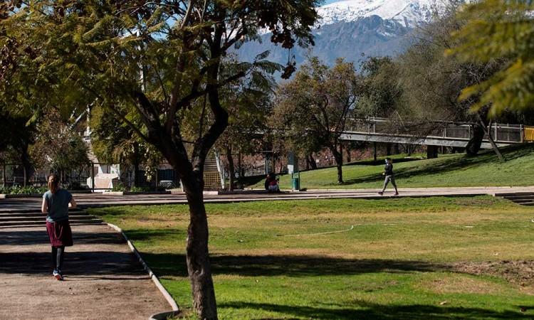 Chile avanza con su plan de desconfinamiento… México sigue en el pico de la pandemia